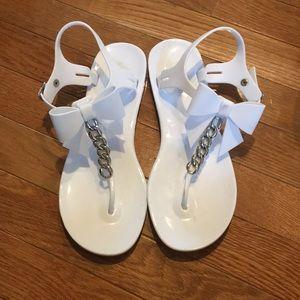 White Kate spade jelly sandal bow detail size 8